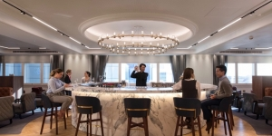 Qantas lounge opens at LHR