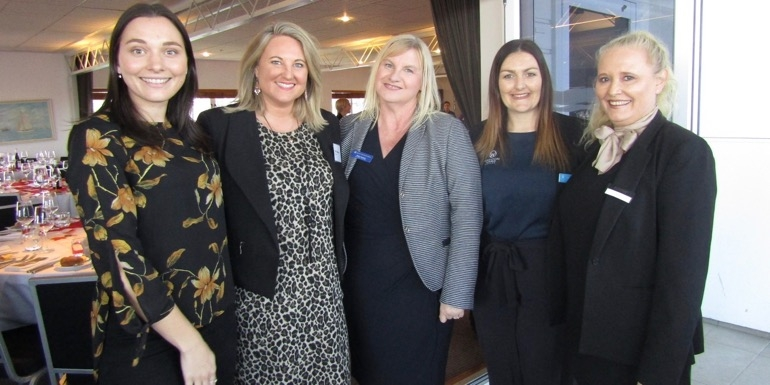 Presenting the best of what Canada has to offer... Katarina Rookes, Francis Travel Marketing; Davina Bennetto, World Journeys; Helen Hersom, Rocky Mountaineer; Natasha Crowle, Adventure World; Karyn Blenkiron, Scenic Luxury Cruises & Tours