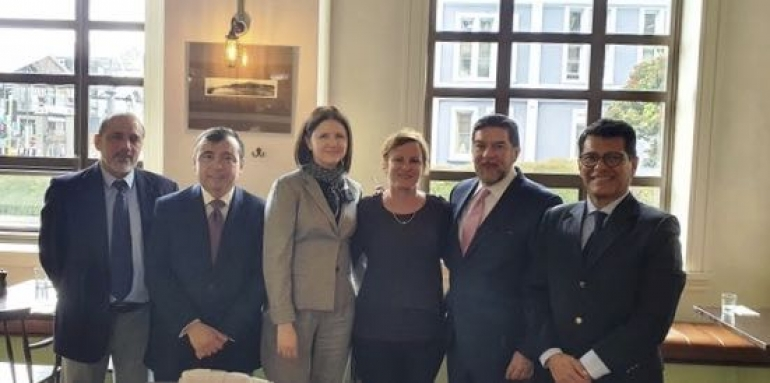 Edgardo Valdes Lopez, ambassador of Cuba; Ignacio Llanos Mardones, ambassador of Chile; Mariana Alvarez Rodriguez, charge d'affaires, minister and deputy head of mission for Argentina; Rachel Williams, Viva Expeditions; Alfredo Rogerio Pérez Bravo, ambassador of Mexico; Javier Prado Miranda, ambassador of Peru