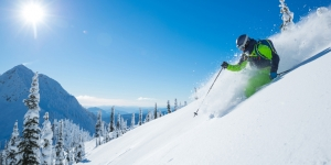 Agents have the chance to win a ski famil with travel&co